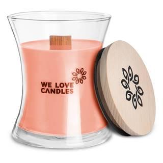 Sviečka zo sójového vosku We Love Candles Rhubarb & Lily, doba horenia 64 hodín